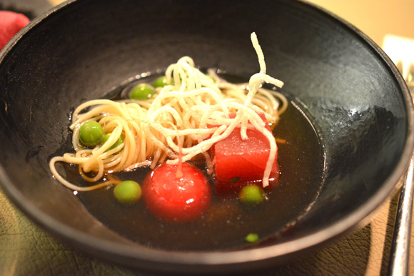 spaans-dak-tonijn-sashimi