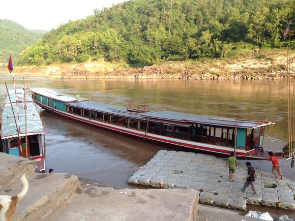 lao-longboat