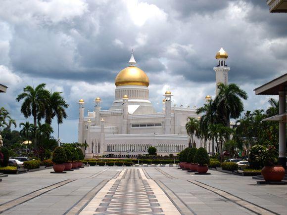 Bij de sultan van Brunei