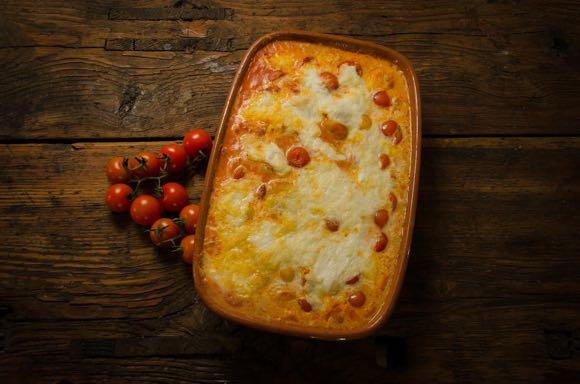 Gnocchi met spek, tomaat en mozzarella
