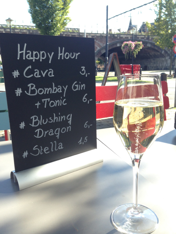 bar chine happy hour - 1
