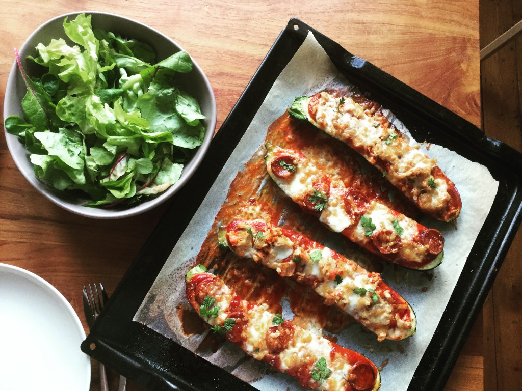 Courgette-pizza bootjes