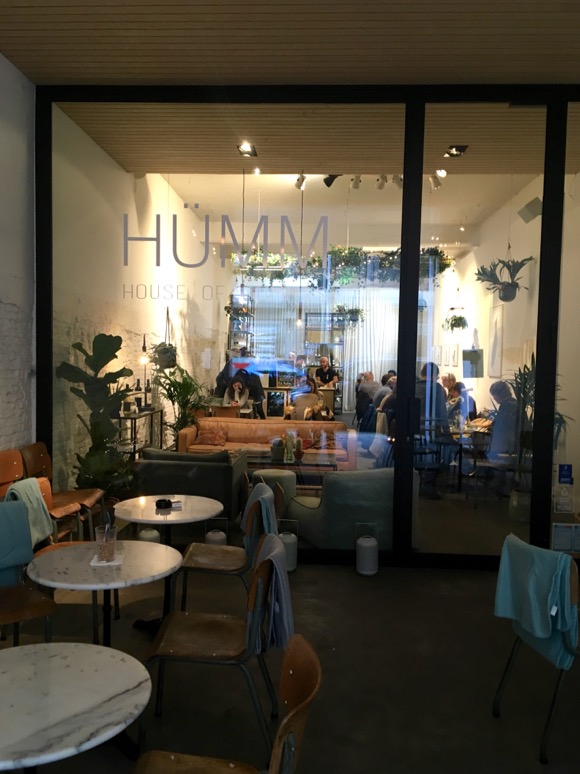 Hümm, house of hummus