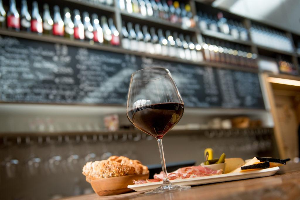 Reportage Goesting Magazine - wijnbars in West-Vlaanderen